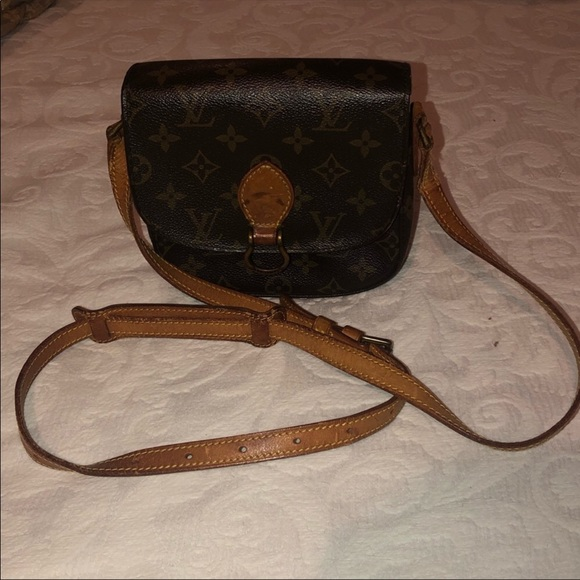 Louis Vuitton Handbags - Louis Vuitton crossbody